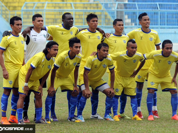 Gresik United Football Team
