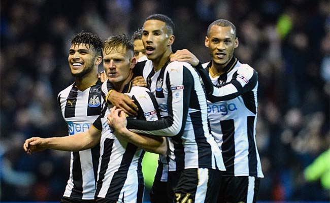 NEWCASTLE FOOTBALL TEAM