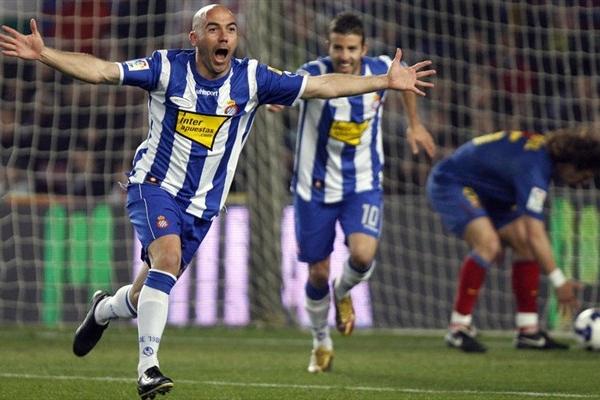 "Espanyol Football Team ""width ="" 600 ""height ="" 400 ""/> </p> <p style="