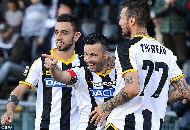 Tim FootbalL Udinese &quot;lebar =&quot; 634 &quot;tinggi =&quot; 434 &quot;/&gt; </p> <p> <span style=